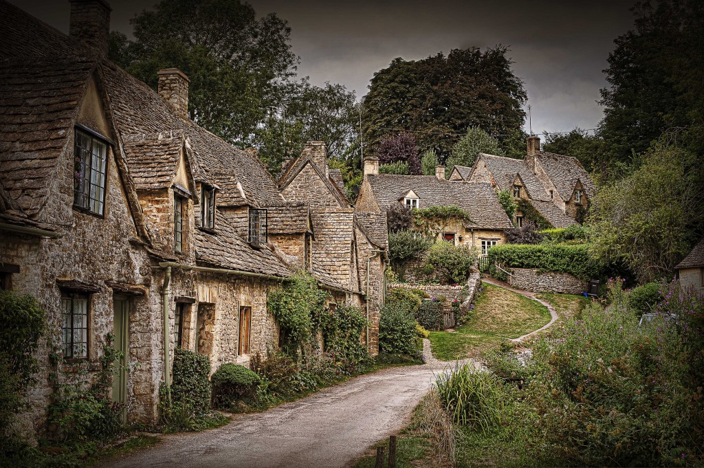Arlington_Row,_Bibury_(6330255096)