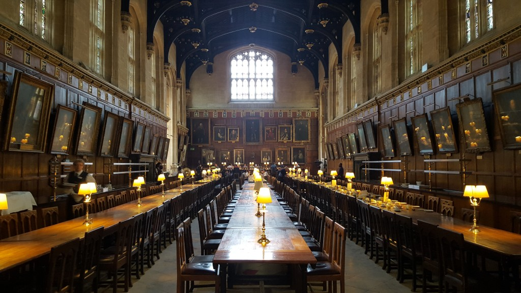 Stay at Christ Church College: Hogwarts or Oxford college...?