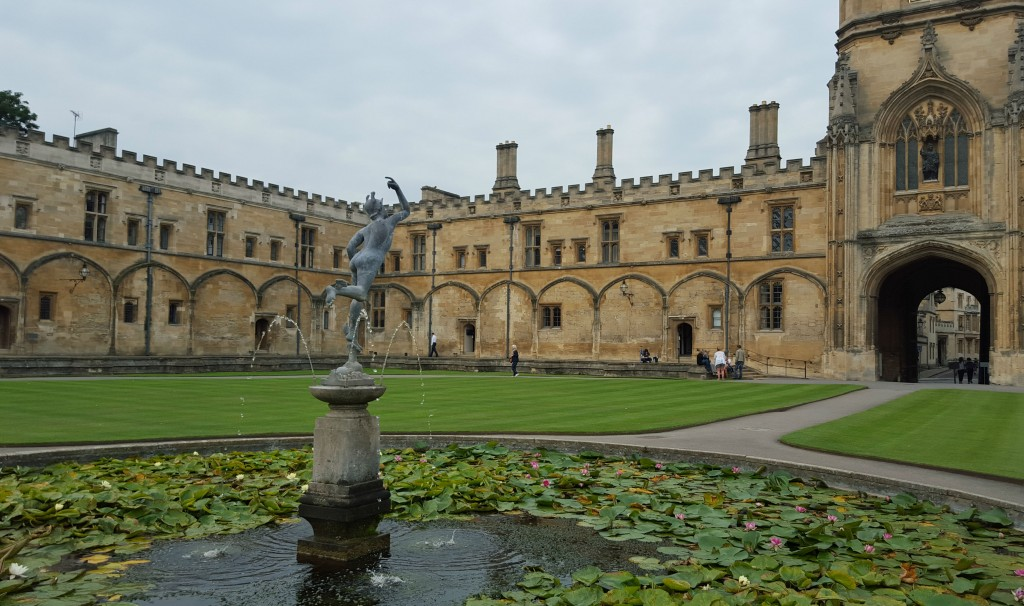 Stay at Christ Church College: The grounds are photogenic from every angle