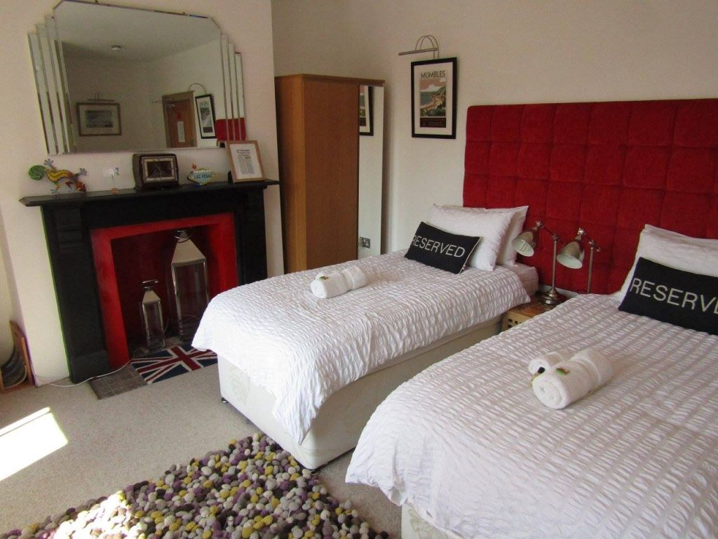 Where to stay in Swansea Bay: The Langland Road B&B, Mumbles