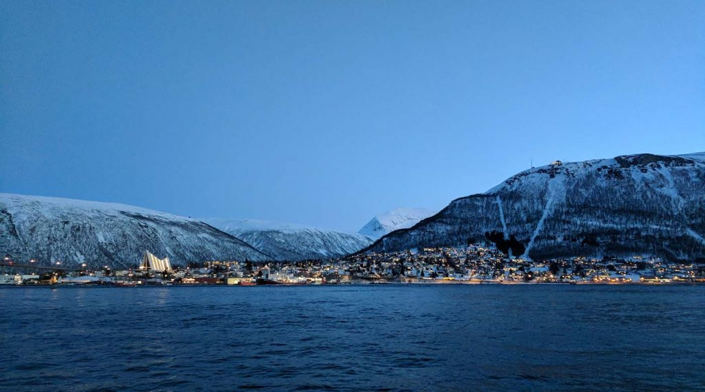What to expect when chasing the northern lights in Tromso