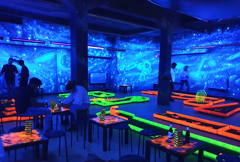 quirky things to do in krakow poland cosmic golf at cosmic minigolf pub